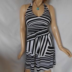 Nwt B.SMART Sz XL Black & White Halter Dress SEXY!